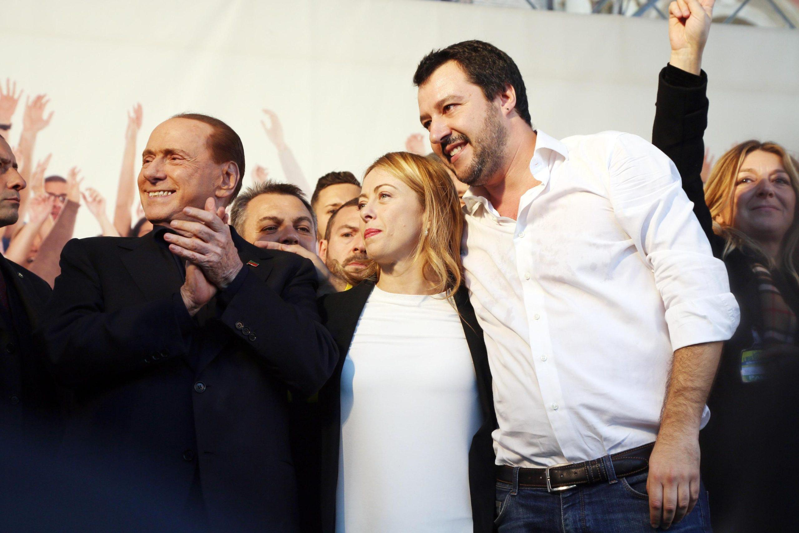 La destra italiana deve fare i conti con la storia. E dividersi