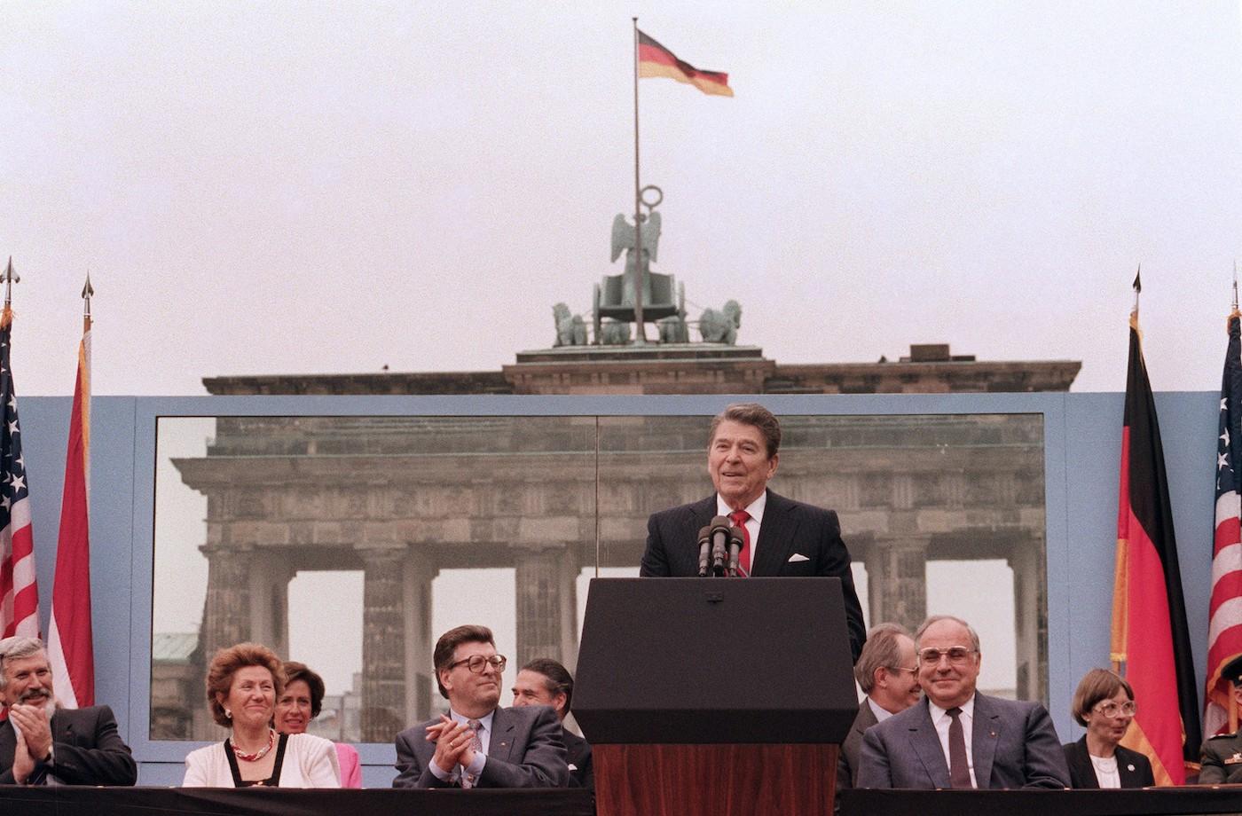 """""""Signor Gorbačëv, abbatta questo muro!"""": quando le parole della buona destra potevano cambiare la storia"""