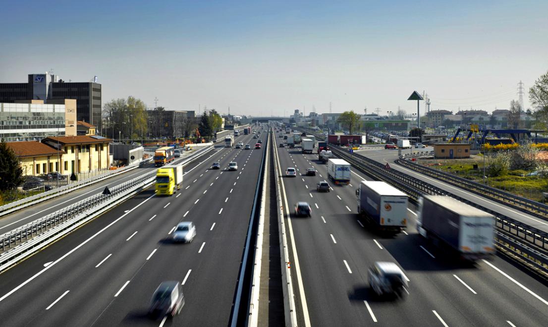"""Revoca concessione Autostrade o no? Lo scenario che """"piace"""" al governo"""