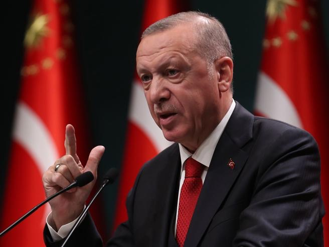 La lunga mano di Erdogan sull'Albania