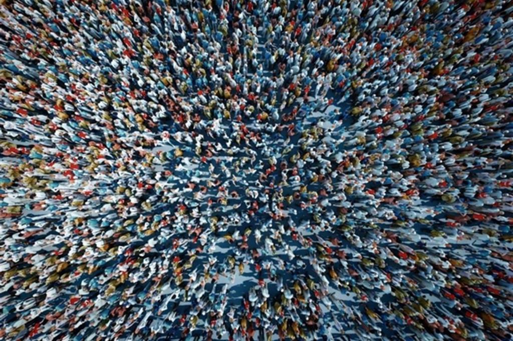 di Kishore Bombaci Ad una prima definizione per quanto parziale e imperfetta, potremmo dire che il sovranismo è quel movimento politico che reagisce alla globalizzazione e internazionalizzazione della politica e […]